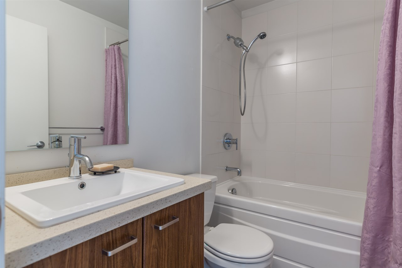 Townhouse at 207 2450 161A STREET, Unit 207, South Surrey White Rock, British Columbia. Image 11
