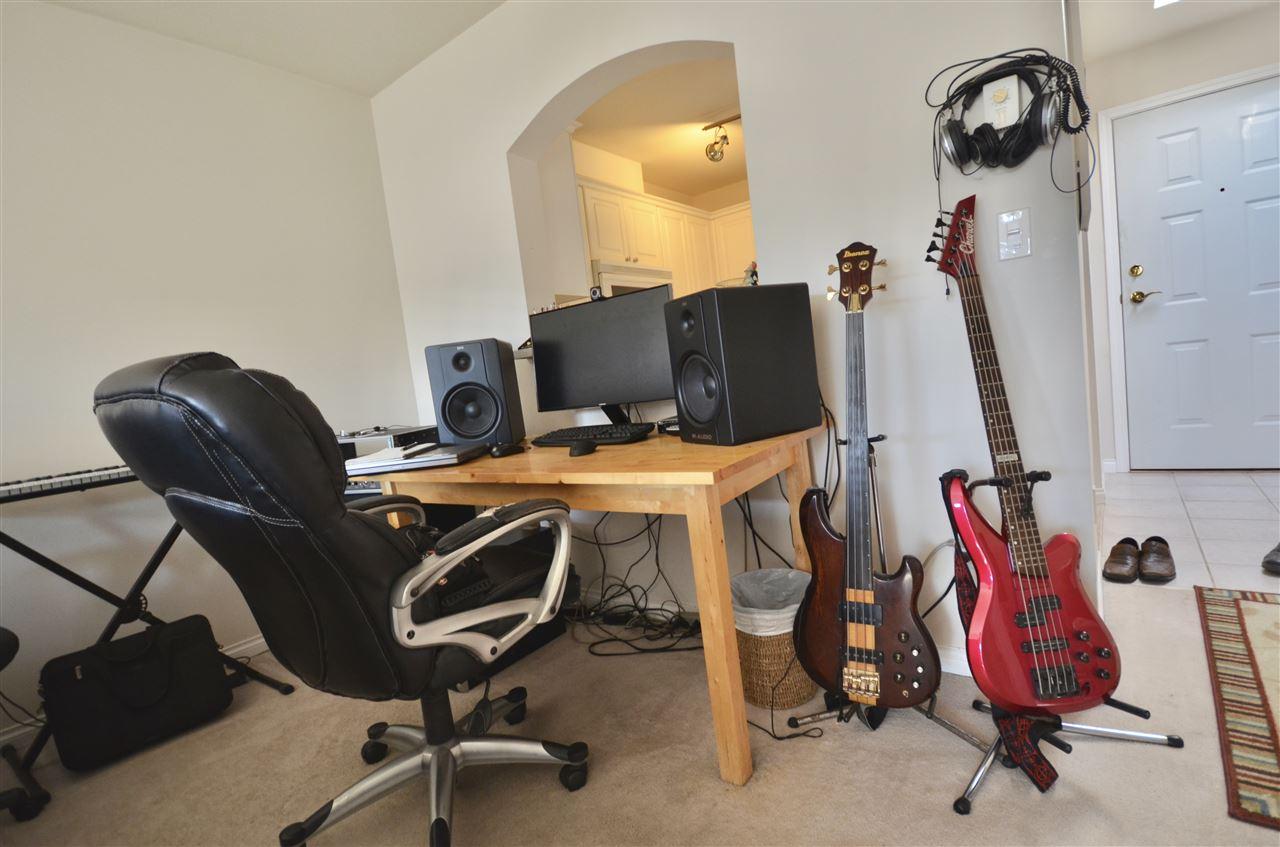 Condo Apartment at 437 2980 PRINCESS CRESCENT, Unit 437, Coquitlam, British Columbia. Image 4