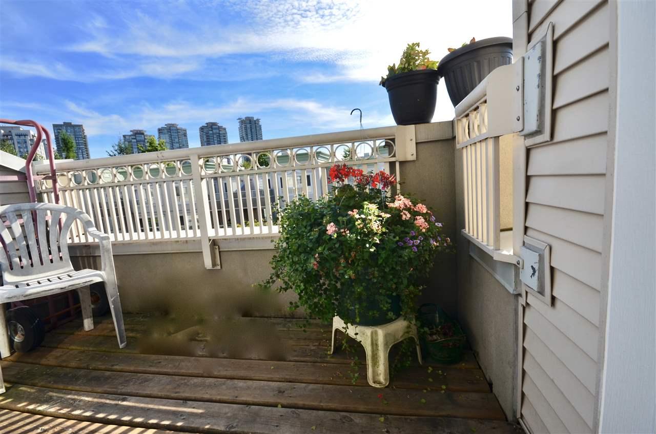 Condo Apartment at 437 2980 PRINCESS CRESCENT, Unit 437, Coquitlam, British Columbia. Image 5