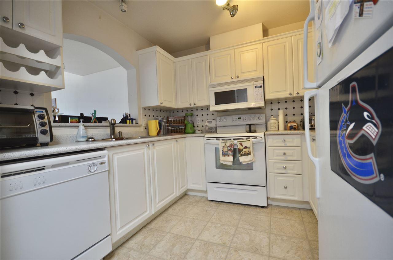 Condo Apartment at 437 2980 PRINCESS CRESCENT, Unit 437, Coquitlam, British Columbia. Image 9