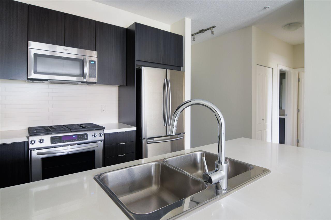Condo Apartment at 104 1135 WINDSOR MEWS, Unit 104, Coquitlam, British Columbia. Image 5