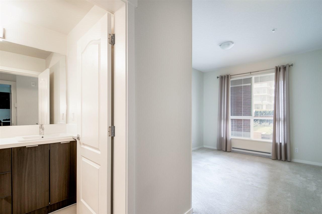 Condo Apartment at 104 1135 WINDSOR MEWS, Unit 104, Coquitlam, British Columbia. Image 8