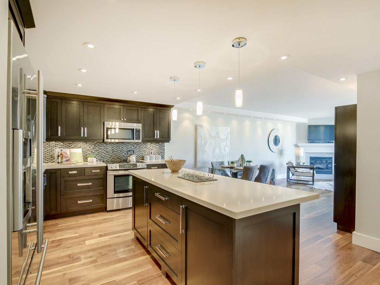 Condo Apartment at 1005 1450 PENNYFARTHING DRIVE, Unit 1005, Vancouver West, British Columbia. Image 6