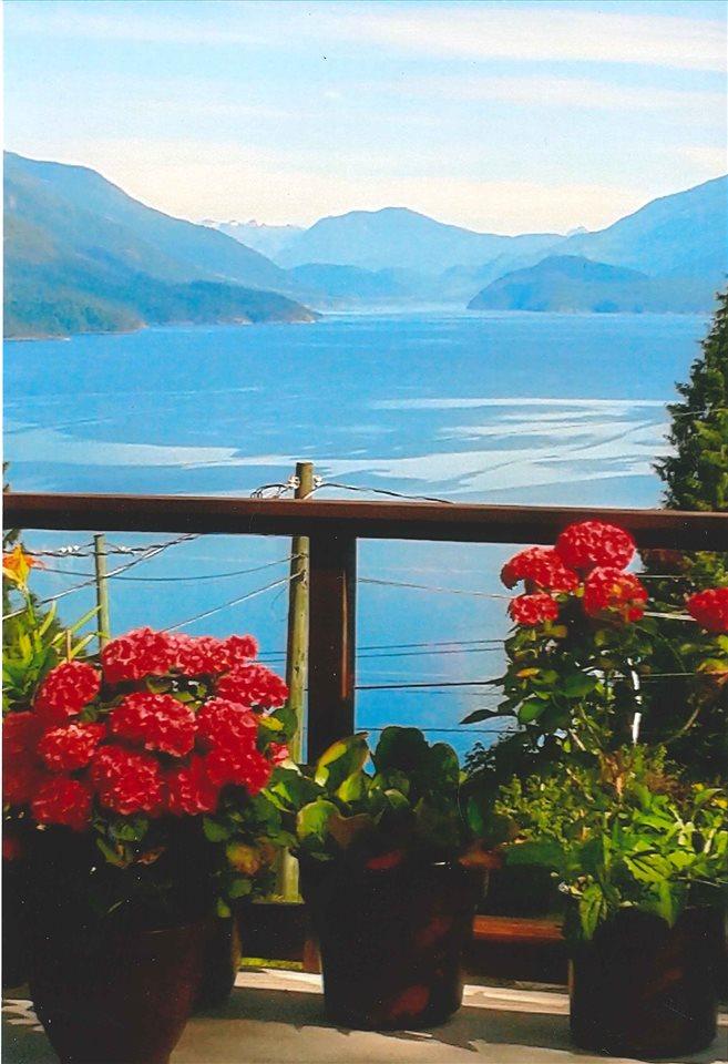 Detached at 5913 SKOOKUMCHUK ROAD, Sunshine Coast, British Columbia. Image 11