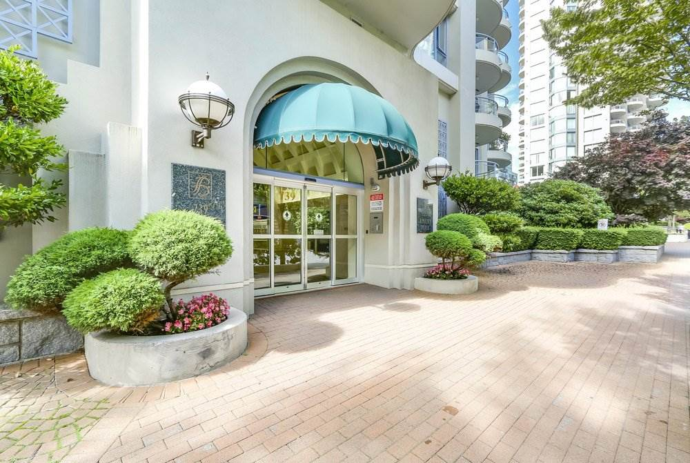 Condo Apartment at 1302 739 PRINCESS STREET, Unit 1302, New Westminster, British Columbia. Image 2