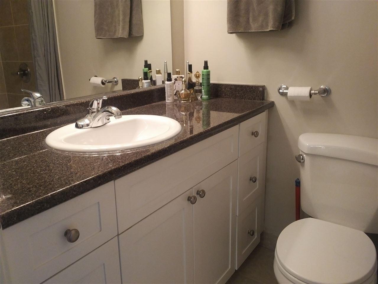 Condo Apartment at 28 5780 HASTINGS STREET, Unit 28, Burnaby North, British Columbia. Image 3