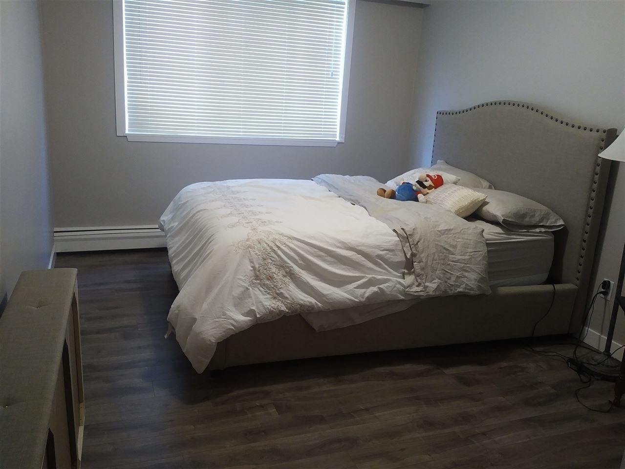 Condo Apartment at 28 5780 HASTINGS STREET, Unit 28, Burnaby North, British Columbia. Image 5