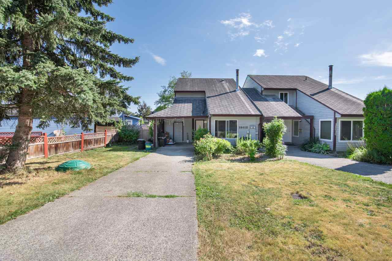 Half-duplex at 19812 53A AVENUE, Langley, British Columbia. Image 1