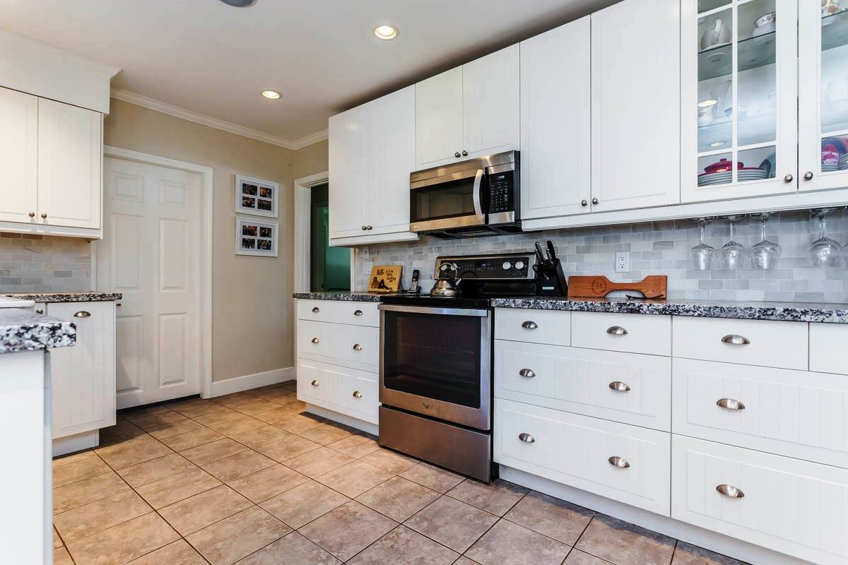 Detached at 6538 CURTIS STREET, Burnaby North, British Columbia. Image 3