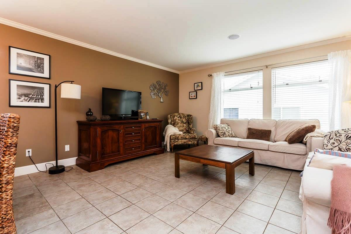 Detached at 6538 CURTIS STREET, Burnaby North, British Columbia. Image 7