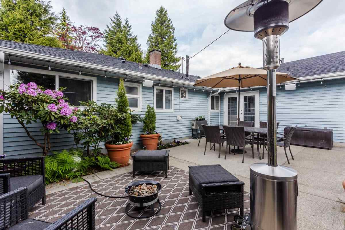 Detached at 6538 CURTIS STREET, Burnaby North, British Columbia. Image 18
