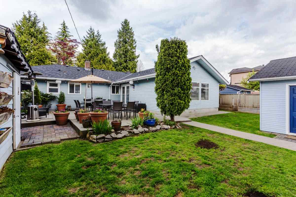 Detached at 6538 CURTIS STREET, Burnaby North, British Columbia. Image 19
