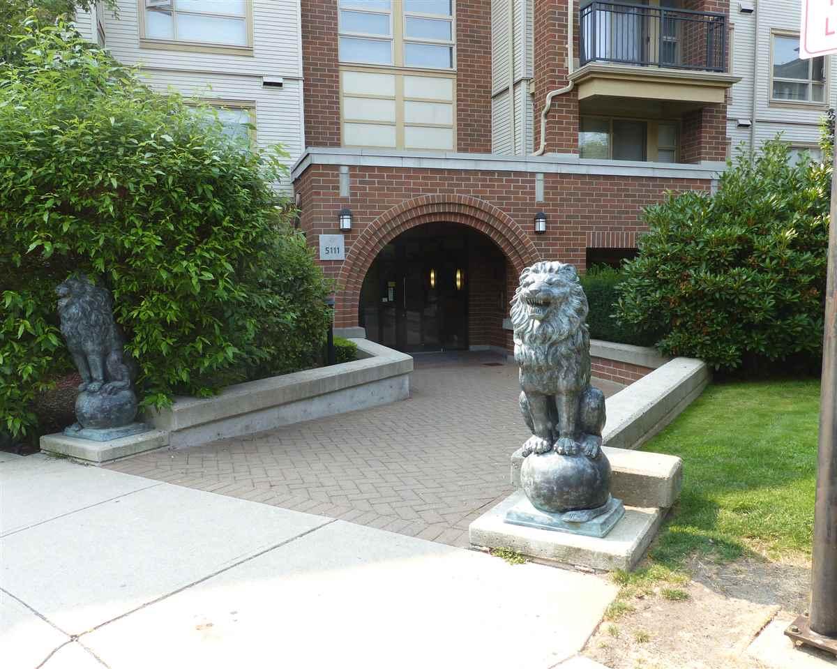 Condo Apartment at 5409 5111 GARDEN CITY ROAD, Unit 5409, Richmond, British Columbia. Image 2