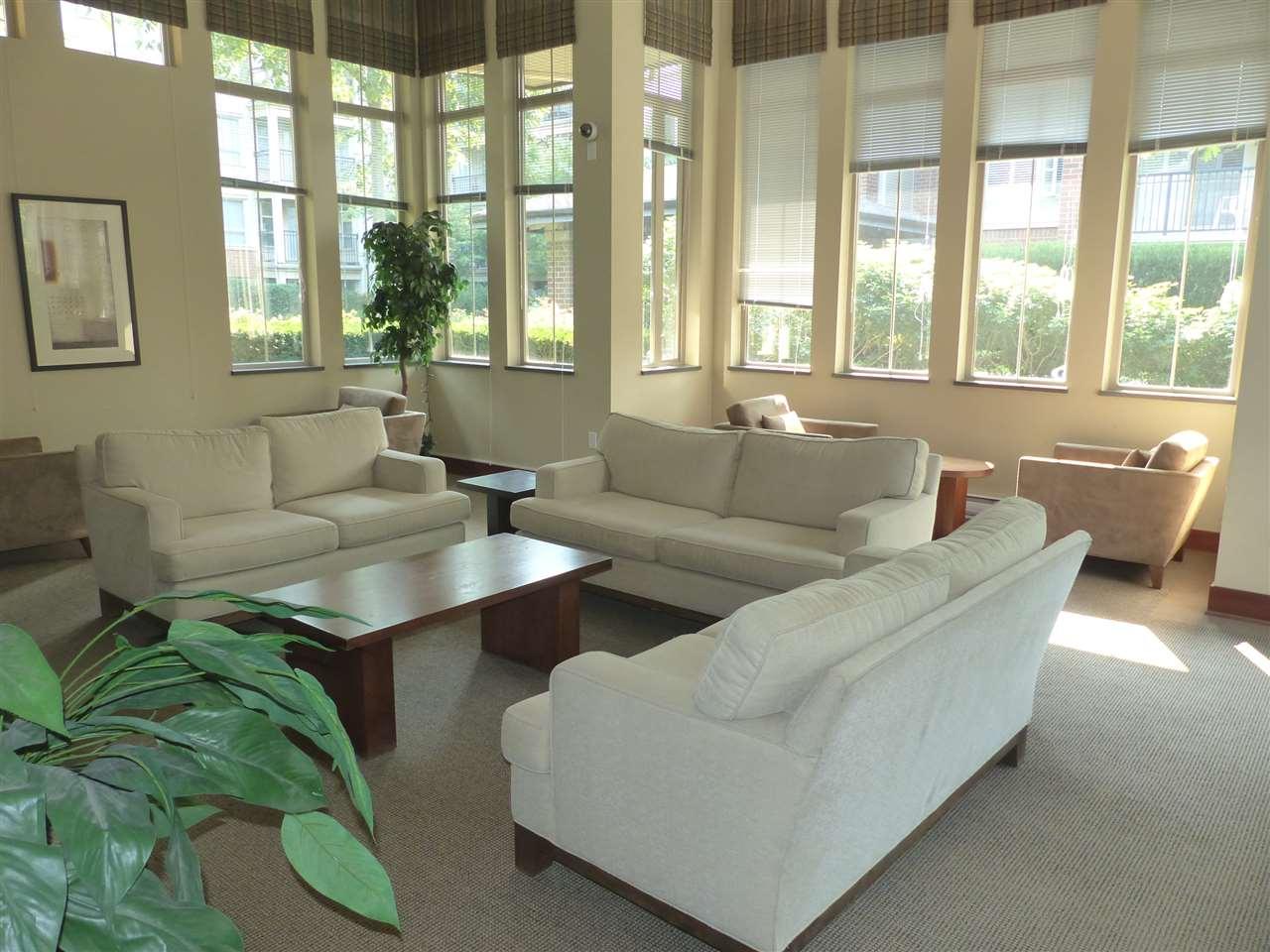 Condo Apartment at 5409 5111 GARDEN CITY ROAD, Unit 5409, Richmond, British Columbia. Image 4