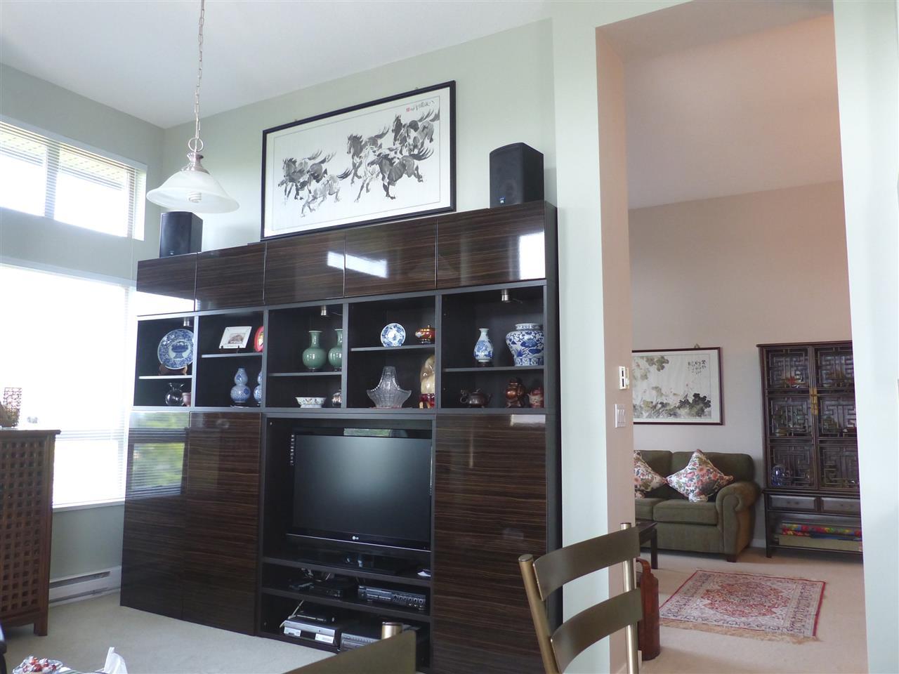 Condo Apartment at 5409 5111 GARDEN CITY ROAD, Unit 5409, Richmond, British Columbia. Image 14