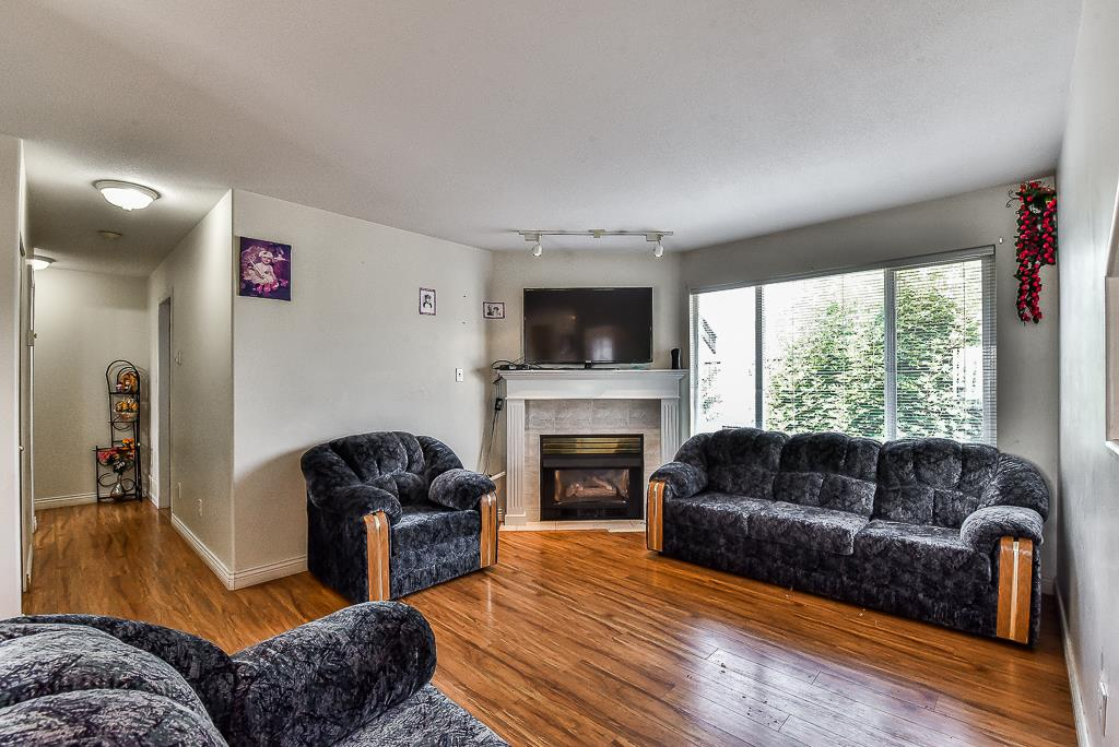 Townhouse at 115 3160 TOWNLINE ROAD, Unit 115, Abbotsford, British Columbia. Image 2