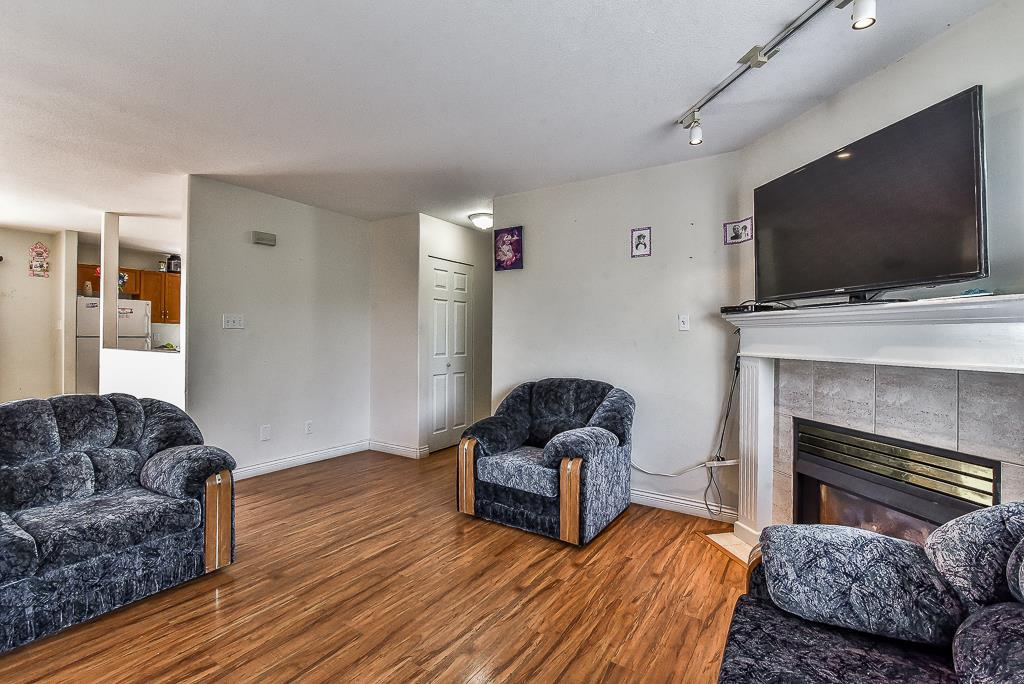 Townhouse at 115 3160 TOWNLINE ROAD, Unit 115, Abbotsford, British Columbia. Image 4