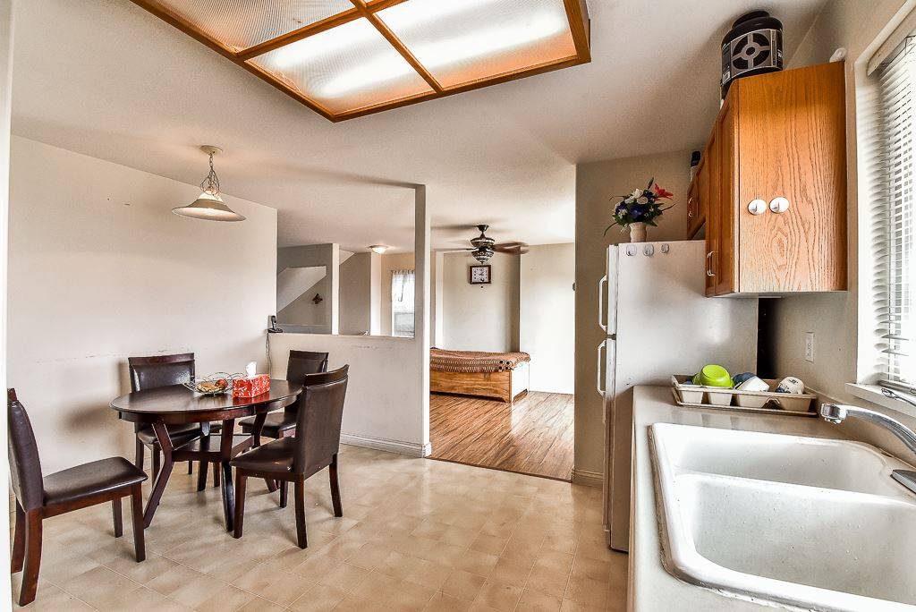 Townhouse at 115 3160 TOWNLINE ROAD, Unit 115, Abbotsford, British Columbia. Image 7