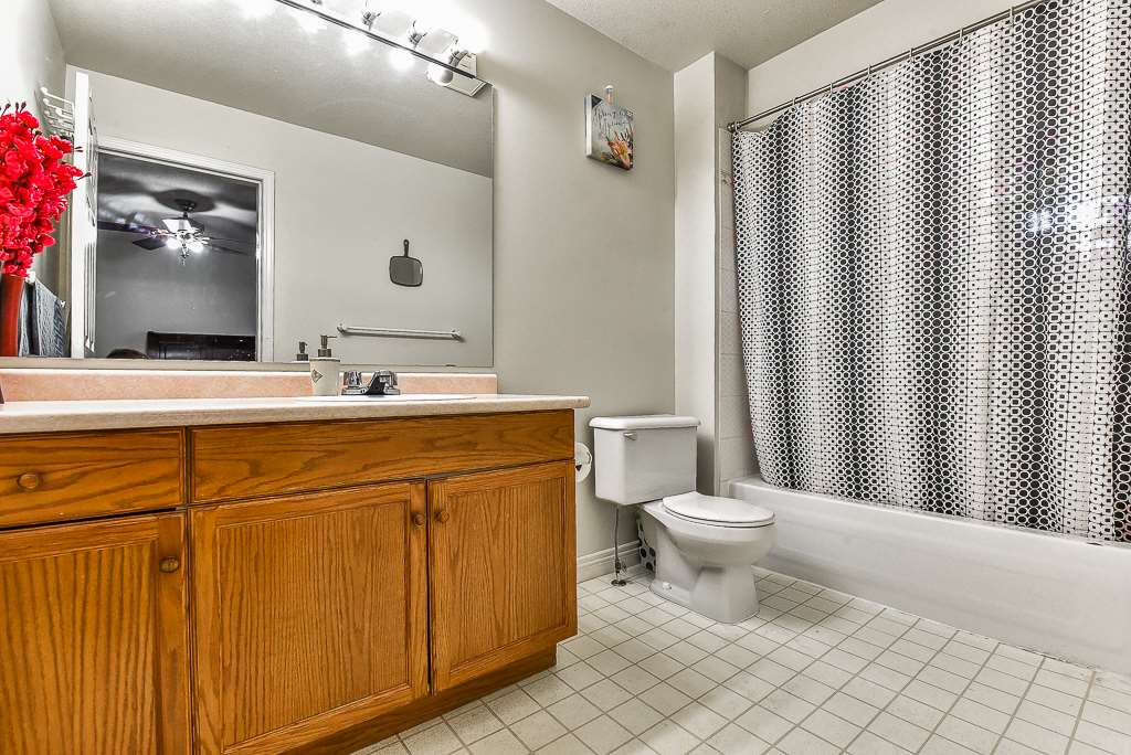 Townhouse at 115 3160 TOWNLINE ROAD, Unit 115, Abbotsford, British Columbia. Image 11