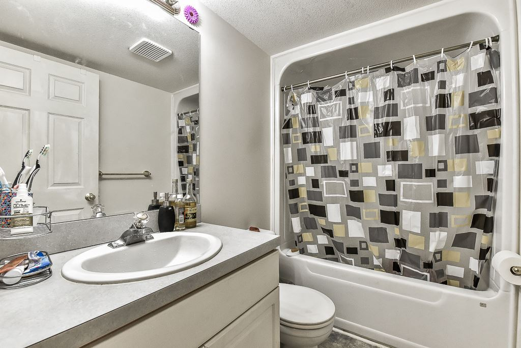 Townhouse at 115 3160 TOWNLINE ROAD, Unit 115, Abbotsford, British Columbia. Image 17