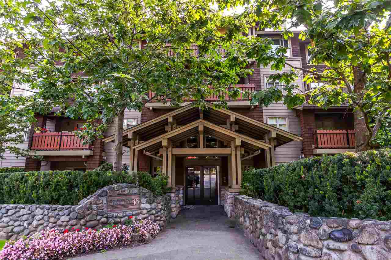 Condo Apartment at 301 18 SMOKEY SMITH PLACE, Unit 301, New Westminster, British Columbia. Image 1