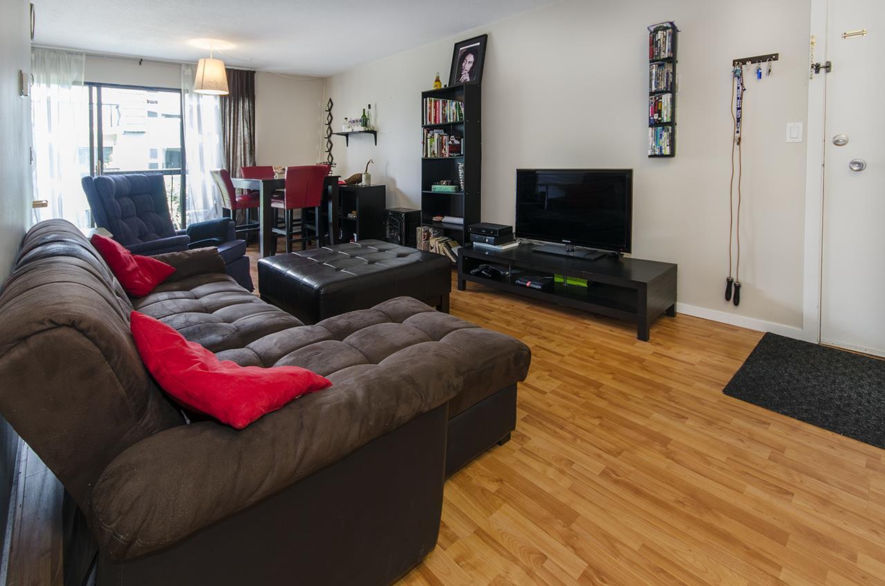 Condo Apartment at 274 8140 WILLIAMS ROAD, Unit 274, Richmond, British Columbia. Image 2