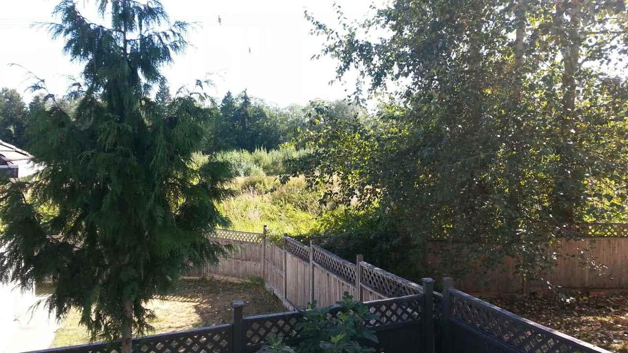 Detached at 14588 80B AVENUE, Surrey, British Columbia. Image 5