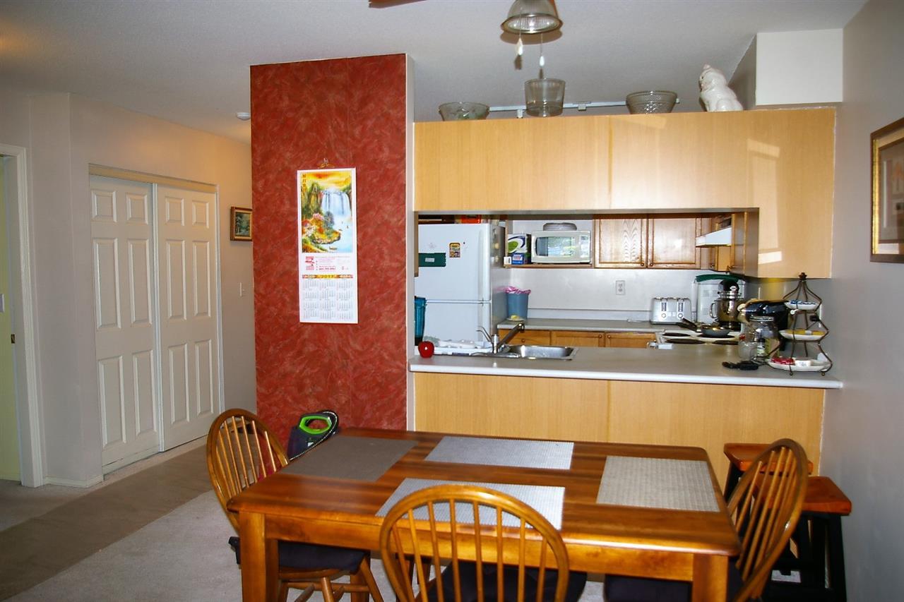Condo Apartment at 202 45504 MCINTOSH DRIVE, Unit 202, Chilliwack, British Columbia. Image 2