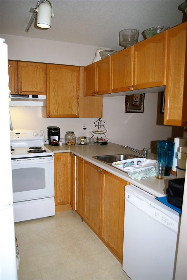 Condo Apartment at 202 45504 MCINTOSH DRIVE, Unit 202, Chilliwack, British Columbia. Image 3