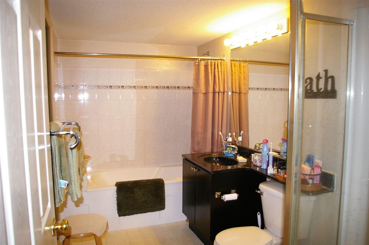 Condo Apartment at 202 45504 MCINTOSH DRIVE, Unit 202, Chilliwack, British Columbia. Image 5