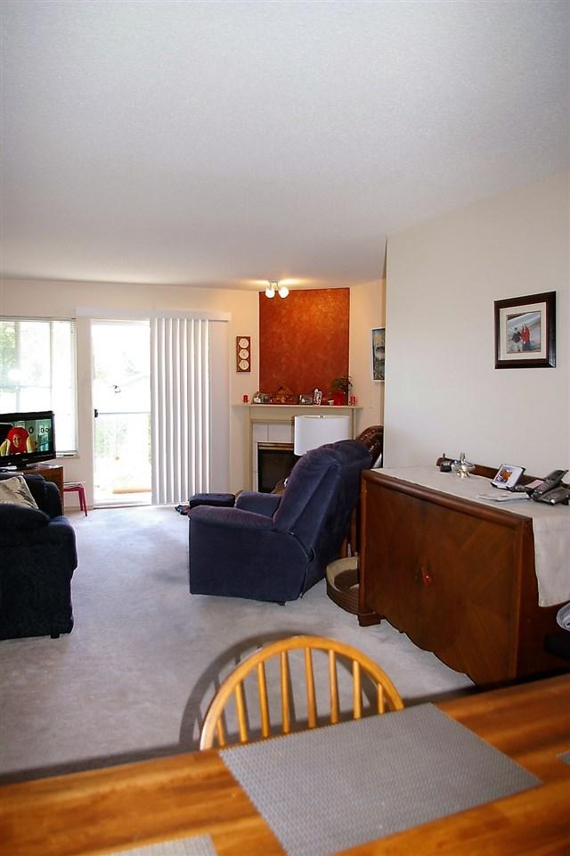 Condo Apartment at 202 45504 MCINTOSH DRIVE, Unit 202, Chilliwack, British Columbia. Image 8