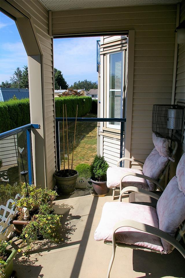 Condo Apartment at 202 45504 MCINTOSH DRIVE, Unit 202, Chilliwack, British Columbia. Image 9