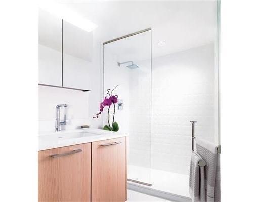 Condo Apartment at 1805PH5 2220 KINGSWAY STREET, Unit 1805PH5, Vancouver East, British Columbia. Image 4