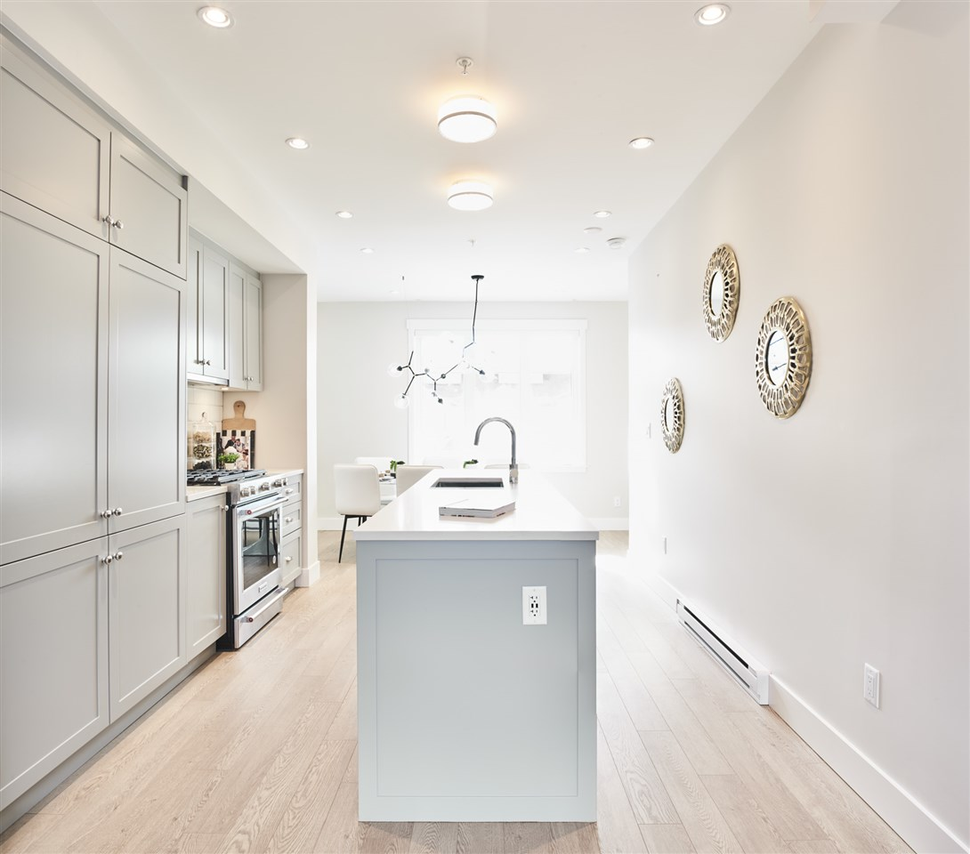 Townhouse at 4342 KNIGHT STREET, Vancouver East, British Columbia. Image 9