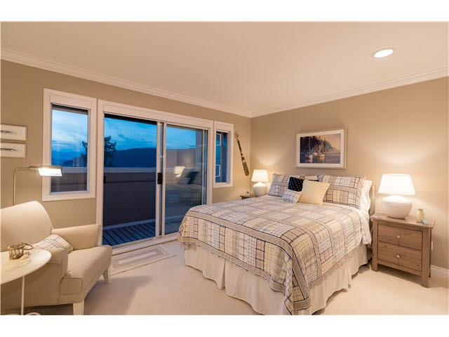 Detached at 5349 MONTE BRE CRESCENT, West Vancouver, British Columbia. Image 10