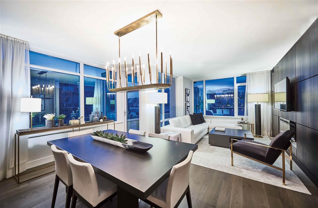 Condo Apartment at 907 210 SALTER STREET, Unit 907, New Westminster, British Columbia. Image 1