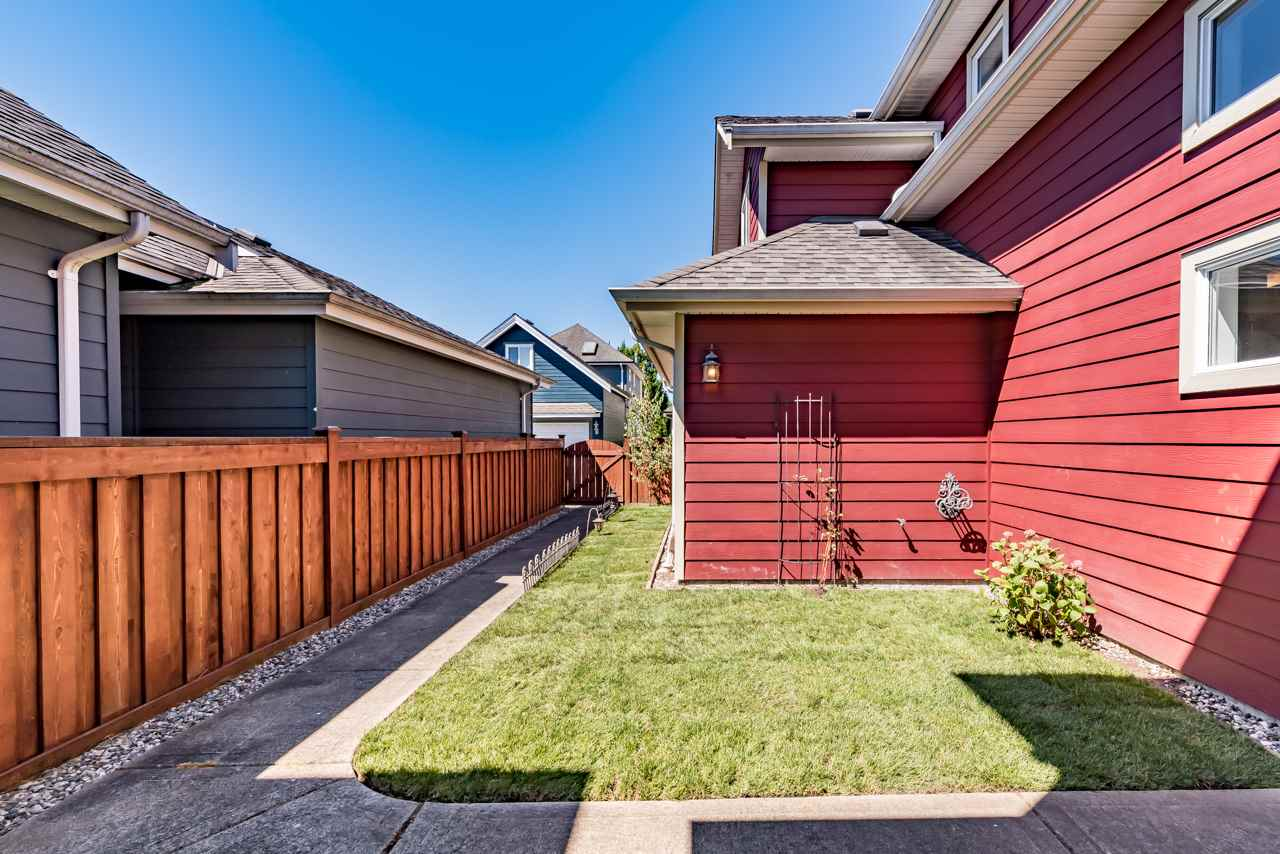 Detached at 12511 WESCOTT STREET, Richmond, British Columbia. Image 19