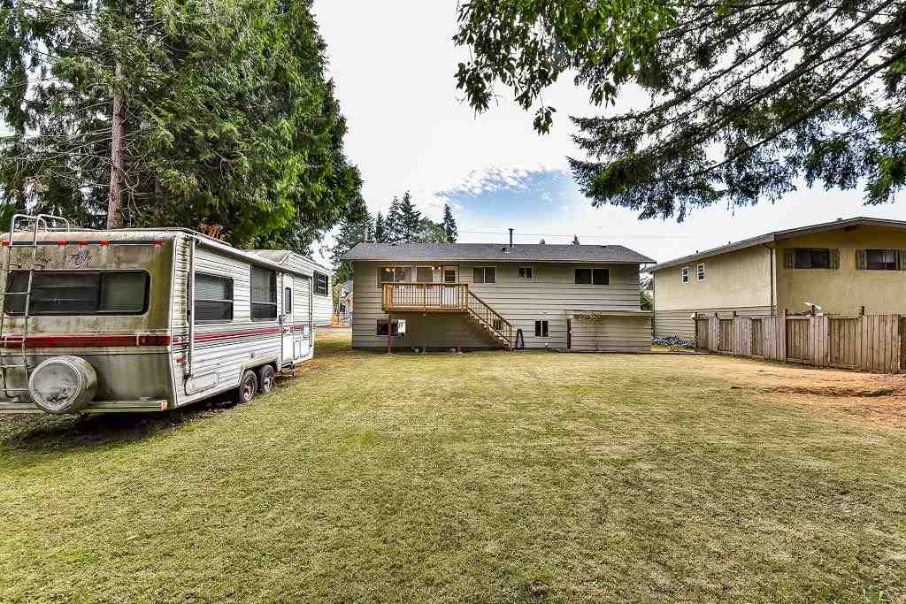 Detached at 7451 113 STREET, N. Delta, British Columbia. Image 17
