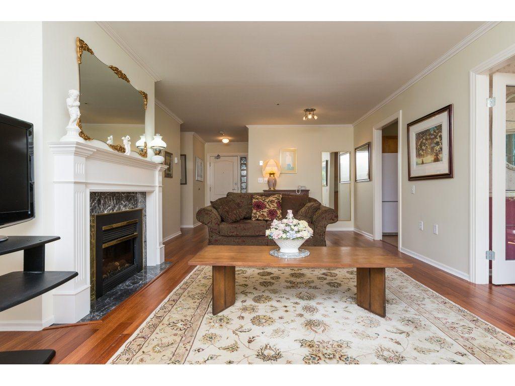 Condo Apartment at 102 1569 EVERALL STREET, Unit 102, South Surrey White Rock, British Columbia. Image 8