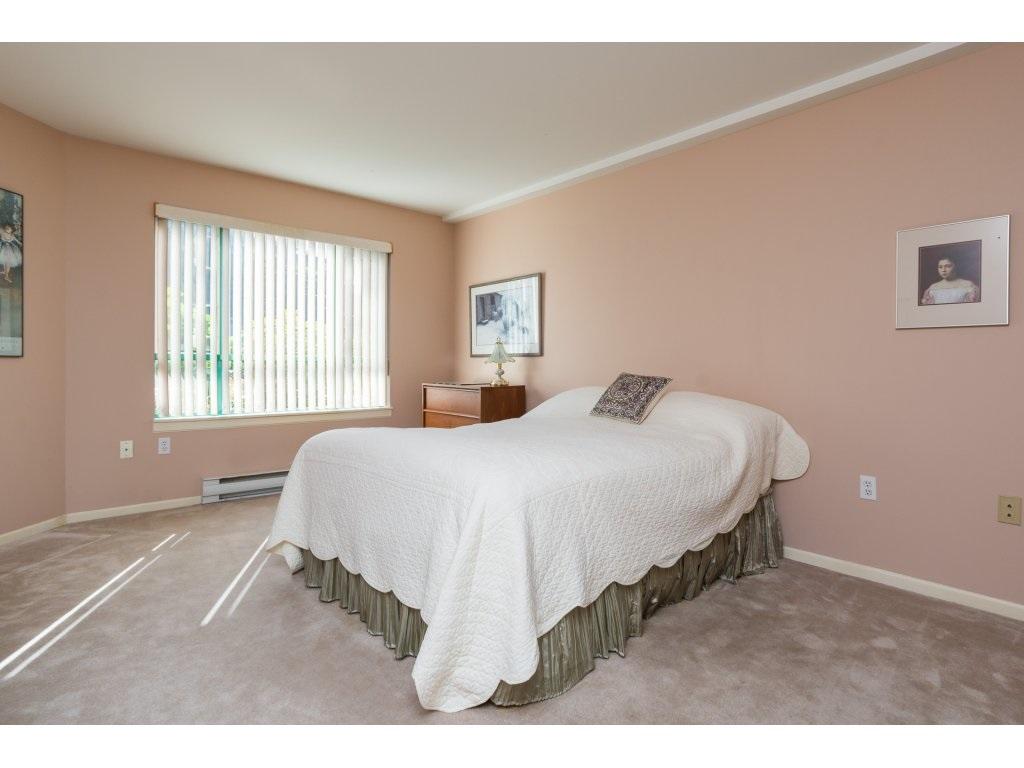 Condo Apartment at 102 1569 EVERALL STREET, Unit 102, South Surrey White Rock, British Columbia. Image 9