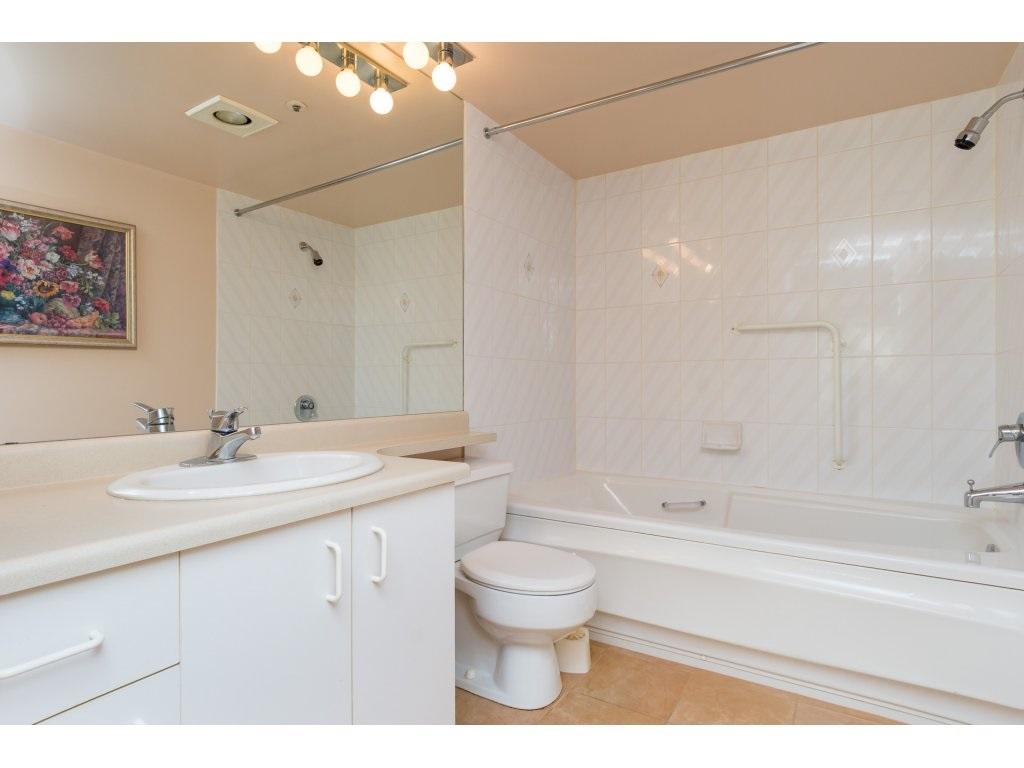 Condo Apartment at 102 1569 EVERALL STREET, Unit 102, South Surrey White Rock, British Columbia. Image 13