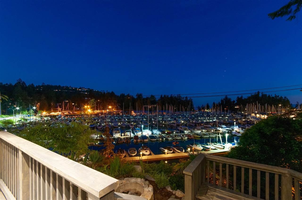 Detached at 5809 MARINE DRIVE, West Vancouver, British Columbia. Image 20
