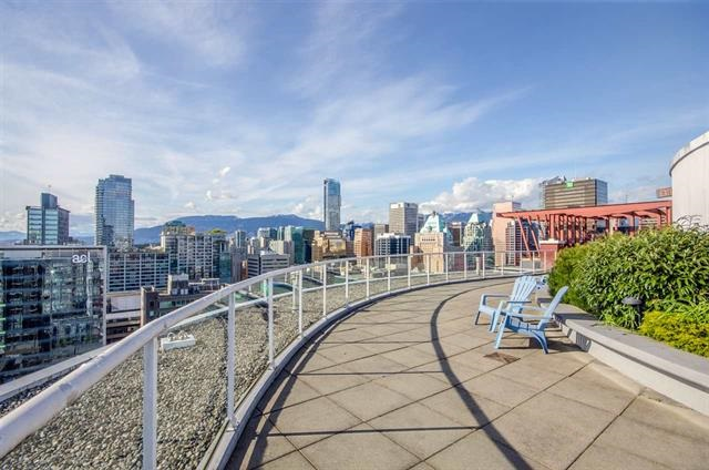 Condo Apartment at 302 933 SEYMOUR STREET, Unit 302, Vancouver West, British Columbia. Image 3