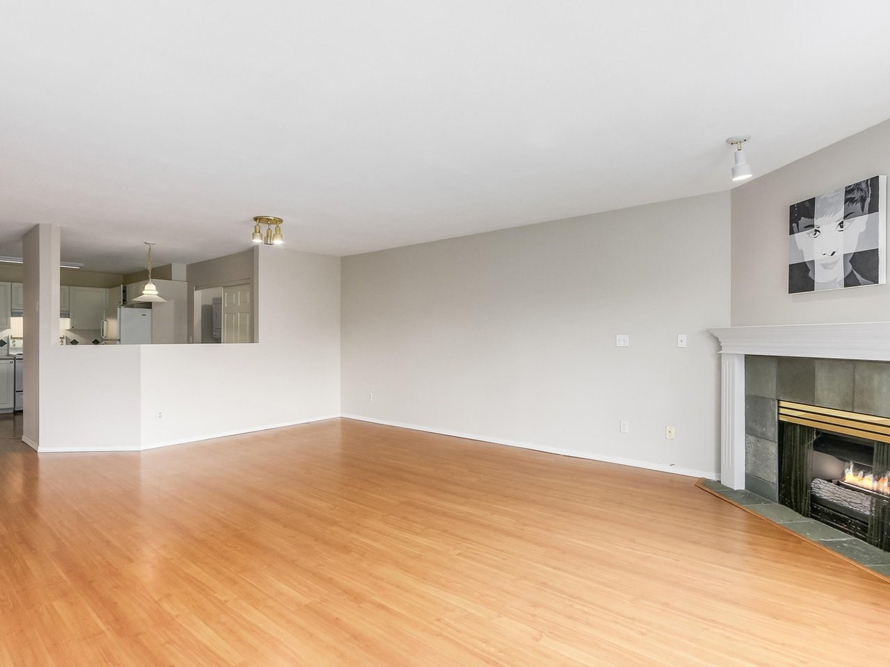 Condo Apartment at 308 13680 84 AVENUE, Unit 308, Surrey, British Columbia. Image 5