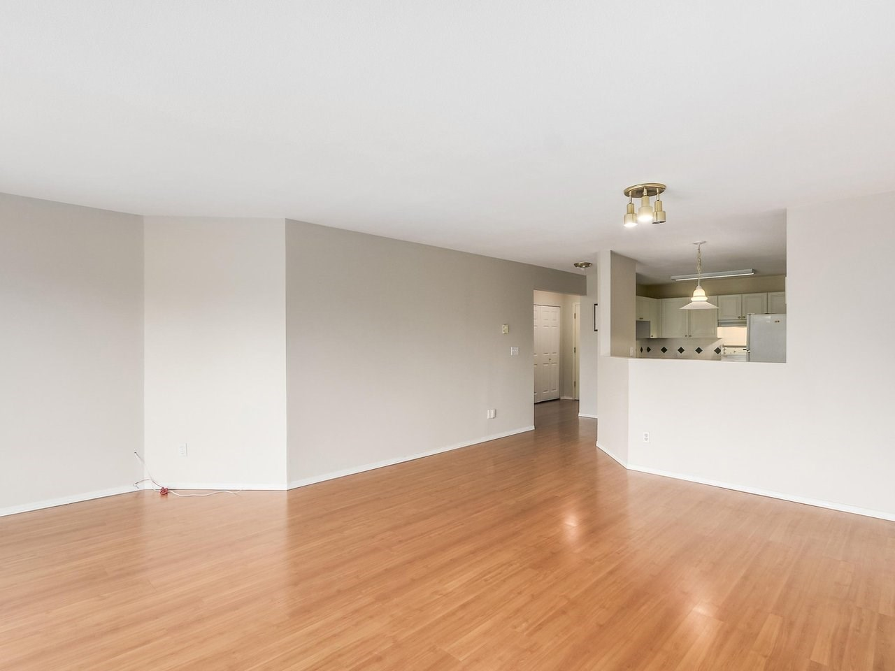 Condo Apartment at 308 13680 84 AVENUE, Unit 308, Surrey, British Columbia. Image 6