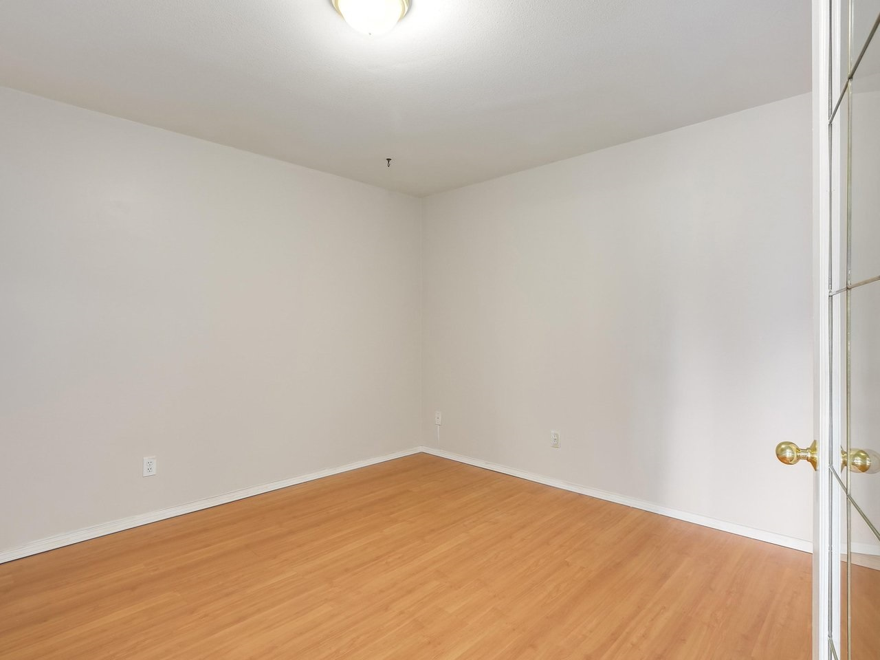 Condo Apartment at 308 13680 84 AVENUE, Unit 308, Surrey, British Columbia. Image 14