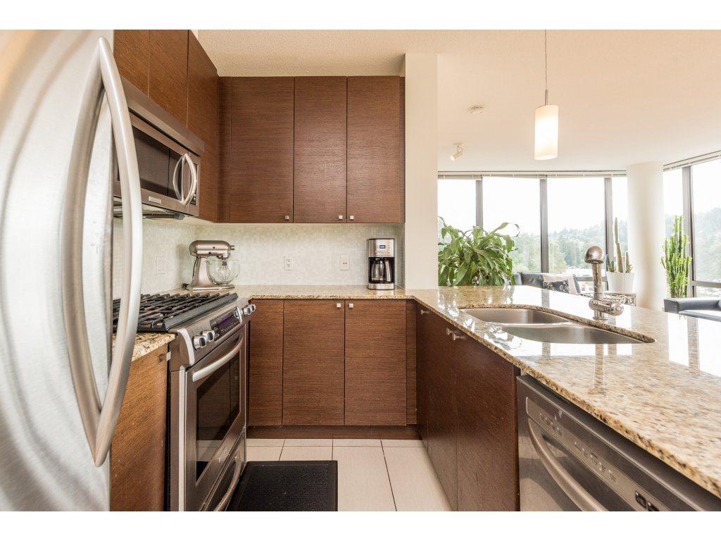 Condo Apartment at 1102 400 CAPILANO ROAD, Unit 1102, Port Moody, British Columbia. Image 4