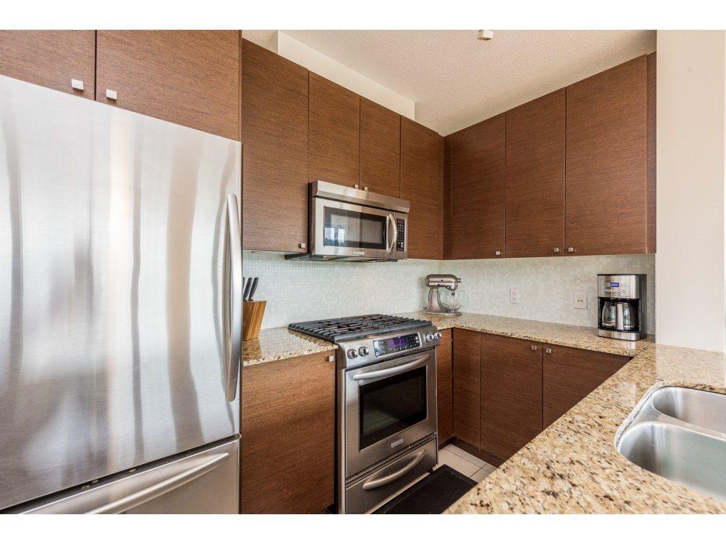 Condo Apartment at 1102 400 CAPILANO ROAD, Unit 1102, Port Moody, British Columbia. Image 5