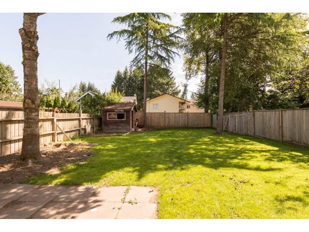 Half-duplex at 7902 115A STREET, N. Delta, British Columbia. Image 2