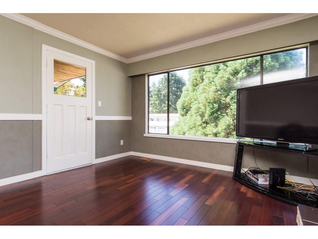 Half-duplex at 7902 115A STREET, N. Delta, British Columbia. Image 4